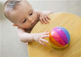 为宝宝选购玩具的原则及注意事项