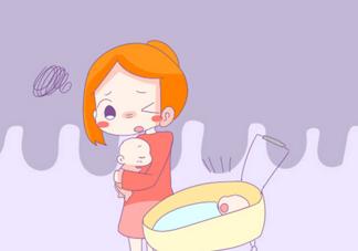 宝宝竖着抱不哭是什么原因 小孩子横抱哭竖抱就不哭