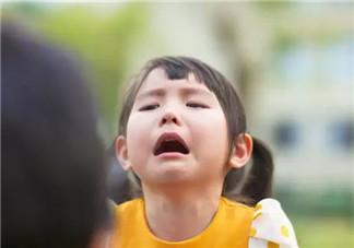 宝宝动不动就哭怎么办 宝宝动不动就哭的解决方法