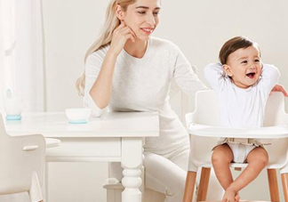 父母怎么和1-3岁小孩子交流
