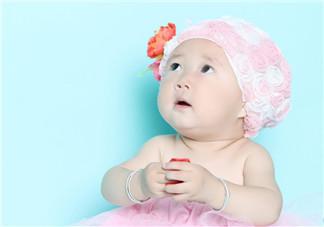 如何照顾两个月大的婴儿  了解这些信号很重要