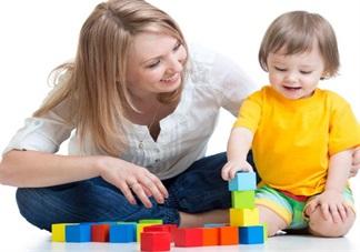 这些行为对孩子来说其实是溺爱 正确爱孩子让孩子成长