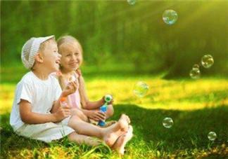 想要宝宝更聪明 婴幼儿时期用色彩开发宝宝智力