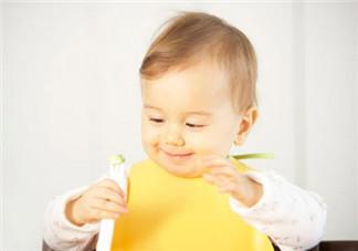 如何引导宝宝吃饭 教宝宝吃饭有妙招