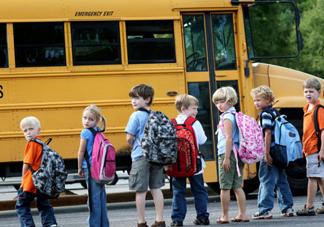 小孩子不喜欢上学怎么办 三个小孩子不喜欢上学原因分析