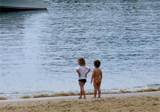 出去旅游带孩子怕生病怎么办 国庆节带孩子出行方法